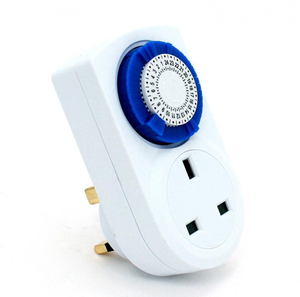 PROGRAMMABLE MECHANICAL 24 HOUR TIMER MAINS ELECTRIC PLUG-IN ...